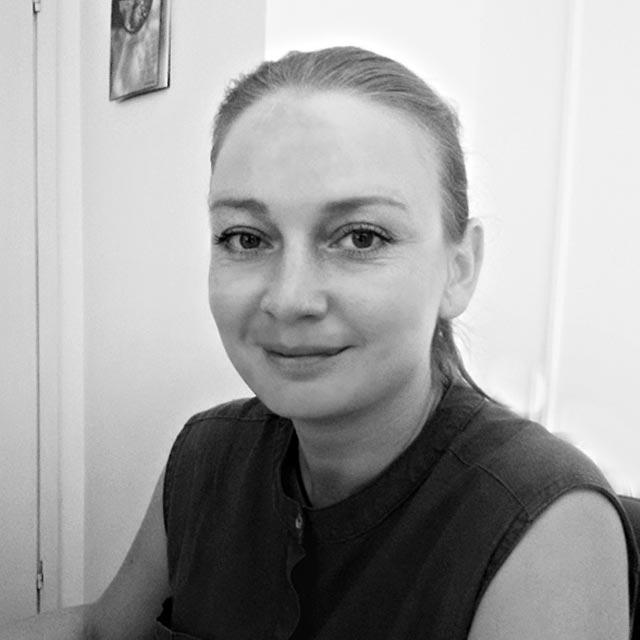 Елена Пешич